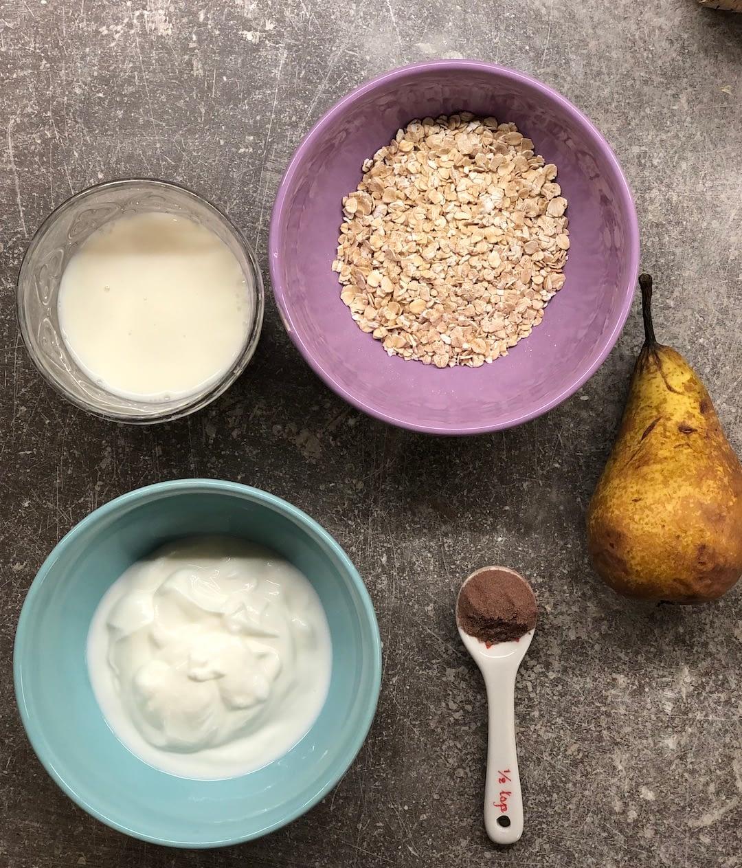Porridge pera e cioccolato